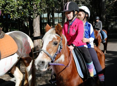 Mini double-dinking two riders